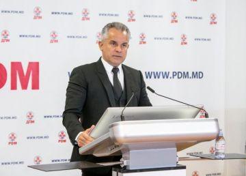 Referendumul lui Plahotniuc, o manevră de bulversare a electoratului pentru a facilita binomului PSRM-PDM victoria deplină?