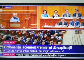 """UPDATE. Replică dură a lui Dăncilă la criticile Opoziţiei: """"Decât să vorbesc liber şi să spun prostii, mai bine să am o hârtiuţă în faţă şi să spun lucruri corecte!"""""""