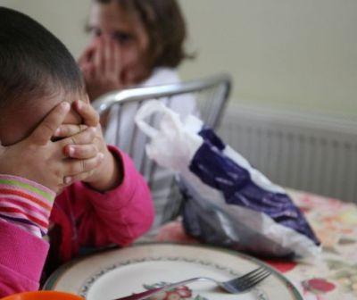 """Modul barbar în care statul """"tratează"""" lipsa de afecțiunea la copiii abandonați. Scrisoare deschisă"""