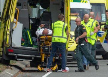 UPDATE: Atac armat la două moschei din Noua Zeelandă. Patru suspecţi sunt reţinuţi