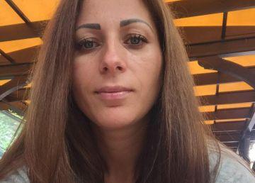 O asistentă de 36 de ani are nevoie de ajutor în lupta cu o boală crudă
