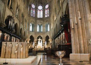 Primele imagini din interiorul Notre-Dame după incendiul devastator