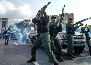 """FOTO. Revoluție în Venezuela. Zilele lui Maduro sunt numărate. Urmează operațiunea """"Libertate-faza finală"""""""