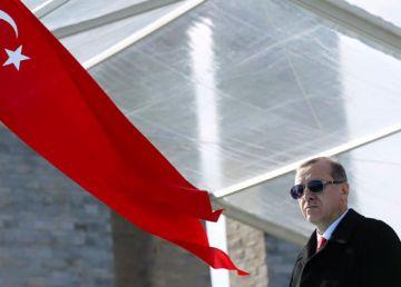 """O nouă epurare a lui Erdogan în rândul elitei militare turce. Operaţiunea de destructurare a """"statului paralel gulenist"""" continuă"""