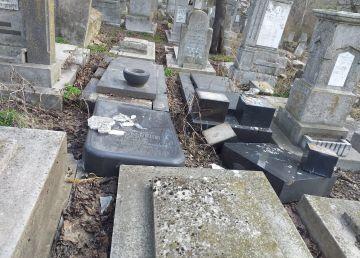 După o săptămână de la vandalizarea cimitirului evreiesc din Huși, Guvernul reacționează