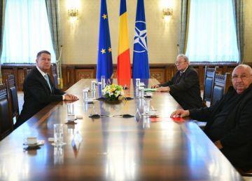 UPDATE: Ce au discutat cei doi foști deținuți politici cu președintele. Întrebare pentru Iohannis