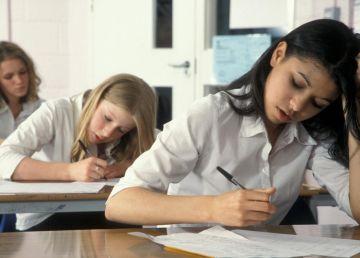 UPDATE. O nouă harababură în sistemul de educație. Ministrul s-a răzgândit și nu mai schimbă regulile din mers