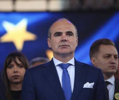 """#Alegeri Europarlamentare. """"În democrație, hoții stau la pușcărie! Nu în Guvern, nu în Parlament!"""". INTERVIU cu Rareş Bogdan (PNL)"""