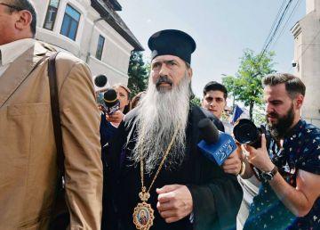 """UPDATE. ÎPS Teodosie, după achitare în dosarul Nazarcea: """"Lucrurile lui Dumnezeu nu sunt cuprinse de întuneric"""""""