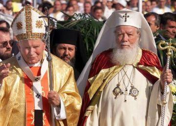 20 de ani de la vizita istorică a Papei Paul Ioan al II-lea la Bucureşti
