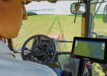 Cea mai mare fermă din Europa, Agricost, își mărește flota high-tech