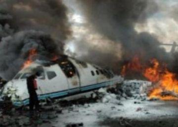 UPDATE. Noi detalii despre avionul prăbușit lângă Nehoiu. Victimele sunt doi oameni de afaceri