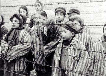 Holocaustul, o lecție încă neînvățată în societatea românească. INTERVIU cu istoricul Adrian Cioflâncă