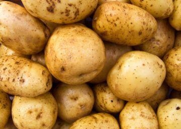 UPDATE / De ce au ajuns cartofii un lux în România