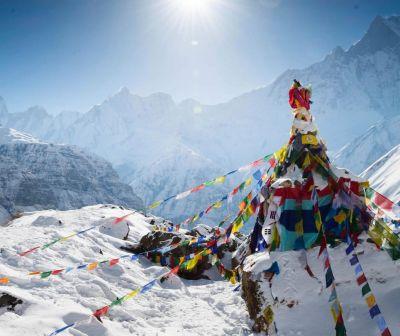 Himalaya, cea mai afectată de încălzirea globală. Gheaţa se topeşte de două ori mai repede decât acum 20 ani