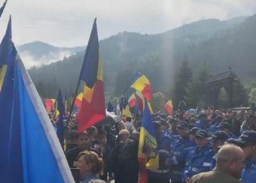 Noi incidente violente în Valea Uzului. Kelemen Hunor îi cere demisia lui Carmen Dan. Reacția dură a Ungariei