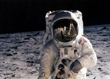 """SUA versus URSS în bătălia pentru cucerirea spaţiului cosmic. 50 de ani de la succesul misiunii Apollo 11: """"Un pas mic pentru om, un salt uriaş pentru umanitate"""""""