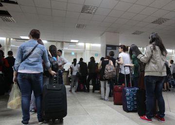 UPDATE. Teodorovici limitează călătoriile pe calea ferată a studenţilor