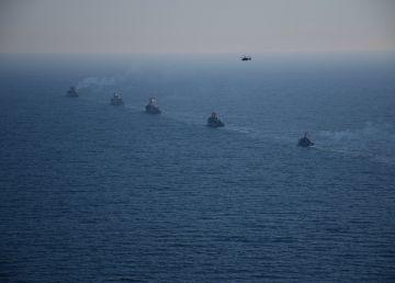 Noi provocări militare ale Rusiei în largul Peninsulei Crimeea. Un nou avertisment pentru autorităţile de la Kiev?