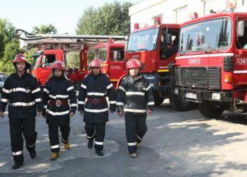 Peste 1100 de restaurante, sancţionate de pompieri pentru deficienţe grave