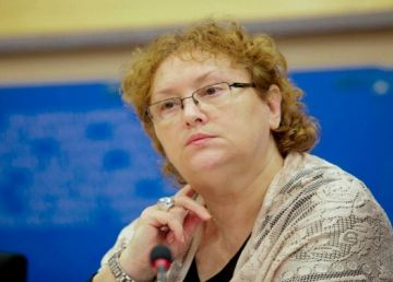 Avocatul Poporului a atacat la CCR articolele din noua lege a carantinării cu privire la internarea obligatorie pentru 48 de ore