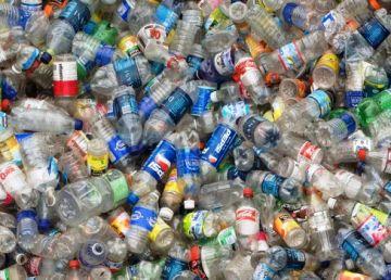 Comisia Europeană, preocupată de piaţa materialelor plastice reciclabile. Un nou obiectiv de mediu asumat până în 2025