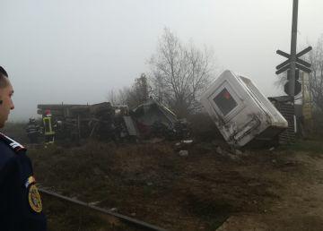 UPDATE. FOTO. Un nou incident pe calea ferată! Circulaţia feroviară s-a reluat pe firul I
