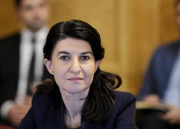 """Violeta Alexandru: """"În PSD lumea îşi pune semne de întrebare cu privire la şansele Gabrielei Firea"""""""