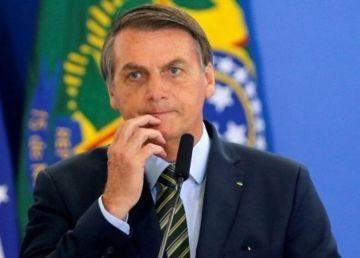 Twitter a șters postările președintelui Braziliei unde a contestat măsurile de carantinare a populației