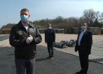 """Iohannis, în vizită la Spitalul Militar de Campanie ROL 2. """"Statul se pregătește din ce în ce mai bine"""""""