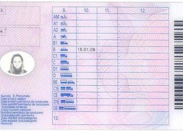 Activitatea de examinare pentru obţinerea permisului auto, suspendată începând de marţi