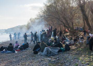 10.000 de migranţi, la graniţa dintre Turcia şi Grecia. Gaze lacrimogene şi violenţe extreme la Kastanies