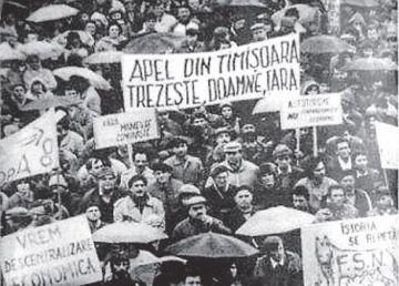 """30 de ani de la adoptarea Proclamaţiei de la Timişoara. """"Preşedintele României trebuia să fie simbolul despărţirii definitive de comunism"""""""