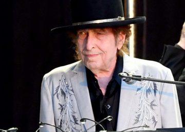 VIDEO. Bob Dylan, pe primul loc în topurile muzicale din Marea Britanie, după o pauză de opt ani