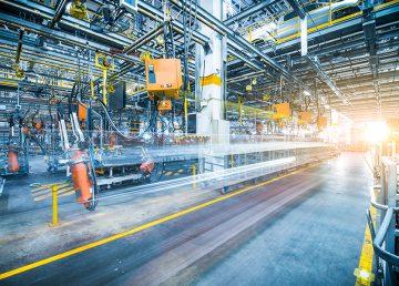 INS: Producția industrială a scăzut cu 13,7% în primele opt luni ale anului